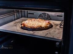 Pizza aus dem Backofen