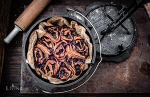 Blaubeerschnecken aus dem Dutch Oven