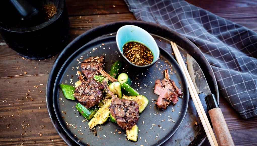 Lammkoteletts vom Grill