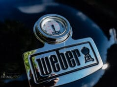 Edles Deckelthermometer mit Weber Logo