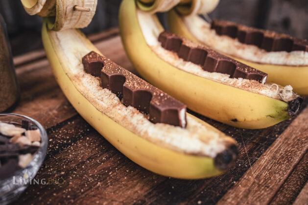 Banane mit Kinderschokolade grillen